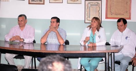 El intendente deseó éxitos al nuevo director asistencial del Hospital Civil Diego Silva