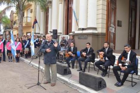 DIA DEL HIMNO NACIONAL ARGENTINO