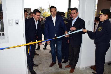 Irigoyen acompañó a Valdés en la inauguración de la Comisaría III