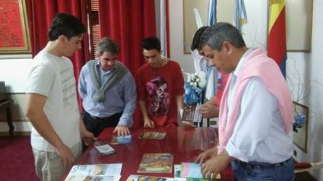 Alumnos de la ETEC en la Expo Madera