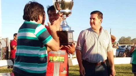 El Intendente participó de la premiación en la Revancha Final del Provincial de Clubes