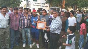 El Intendente entregó premios en la Gran Polla de Potrillos