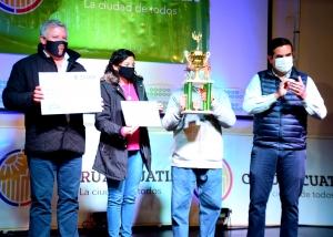 Mario Alberto Villa se llevó el primer premio del XIII Festival del Locro curuzucuateño