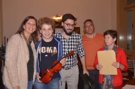 Entrega de instrumentos a la Academia Municipal de Arte