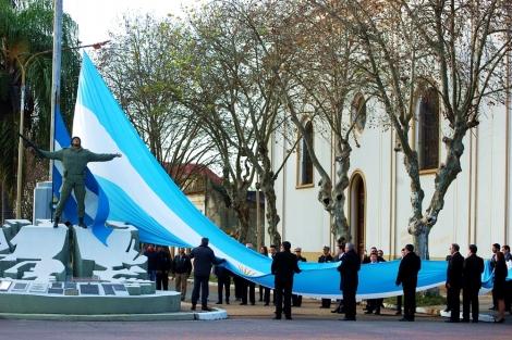Con profundo fervor patriótico, Curuzú Cuatiá celebró el Día de la Patria