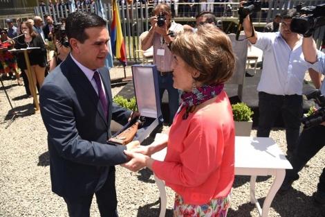 Curuzú celebra y agradece a Elena Bonatti por el Centro Oncológico