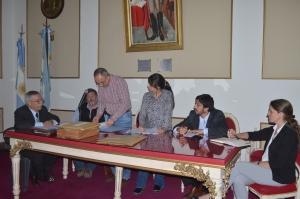 Apertura de sobres de la licitación pública N°1 para contratar una ART para la Municipalidad