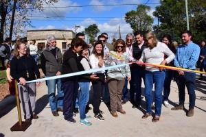 El intendente Irigoyen inauguró una nueva cuadra pavimentada