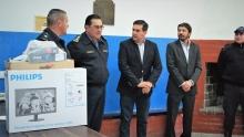 El Municipio entregó una computadora a la Comisaría Primera