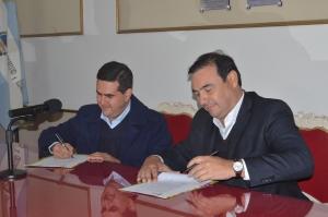 Irigoyen firmó con Valdés convenio de obras para la canalización de los arroyos
