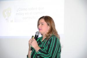 Exitosa charla en la Feria del Libro brindada por Maria José Hadad