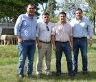 El Municipio acompañó la visita de importante delegación de gobernantes paraguayos a cabañas ovinas