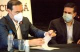 Curuzú suscribió convenio con Provincia para la canalización del Arroyo Castillo y entregó insumos a emprendedores locales