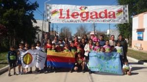 La Escuelita de atletas participó en Goya de un homenaje