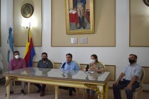 El intendente Irigoyen anunció varios aumentos salariales que van de febrero a septiembre para el personal municipal